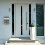 WIRUS Haustür mit Seitenteil Thermo Top | 84 mm Bautiefe, thermisch getrenntes Aluminium-Profil, 3-fach Verglasung, grau getönt, mit Verbundsicherheitsglas außen Montage: RAL-Montage